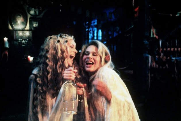 Sheri Moon Zombie and Karen Black in House Of 1000 Corpses